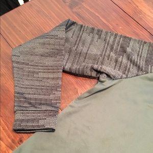 Nike Sweaters - NWT Nike Dri Fit Hoodie sweater sz L green black